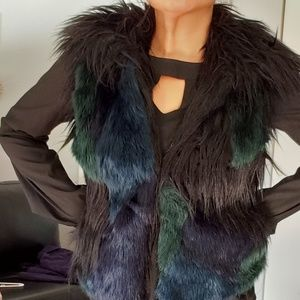 Blank NYC Black Blue Faux Fur Vest NWOT Small